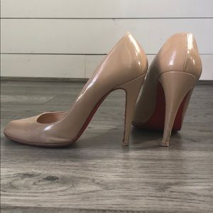 Tan Christian Louboutin pumps size 38